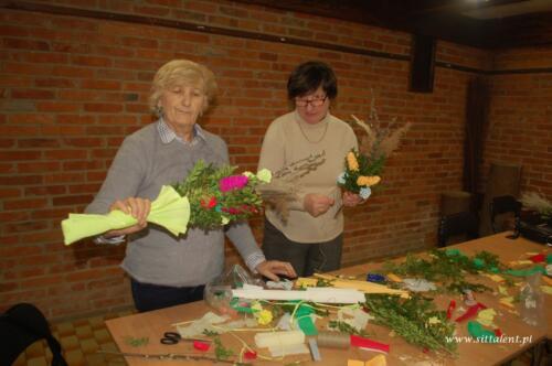 Warsztaty rękodzielnicze – kwiaty z bibuły i krepiny